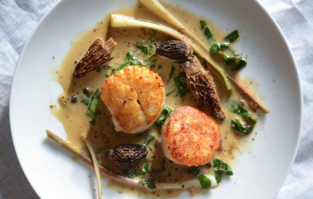 Scallops with Morels, Ramps & Saffron-Coconut Milk Sauce (AIP, Paleo) | Fresh Tart